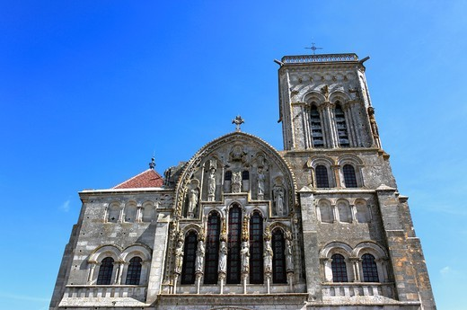 Church Sainte Marie Madeleine Basilica of St  Magdalene, Vezelay, Yonne department, Burgundy, France : Stock Photo