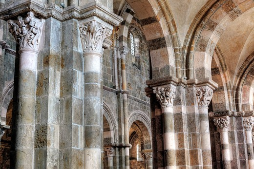 Stock Photo: 1566-771122 Church Sainte Marie Madeleine Basilica of St  Magdalene, Vezelay, Yonne department, Burgundy, France