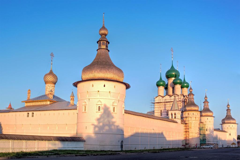 Stock Photo: 1566-771279 Rostov Kremlin, Rostov, Yaroslavl region, Russia