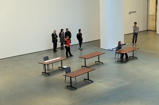 Performance 12: On Line/Marie Cool and Fabio Balducci, MOMA, New York City : Stock Photo