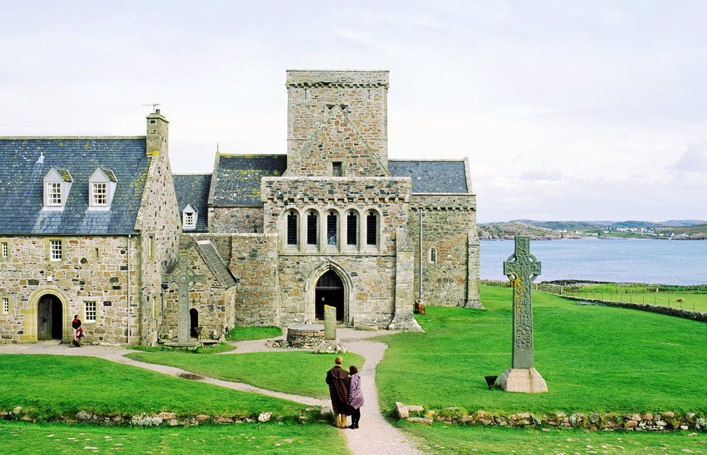Stock Photo: 1566-774436 Iona Abbey, Inner Hebrides, Scotland  Abbey and high cross on early Celtic Christian island of Iona founded by Saint Columba