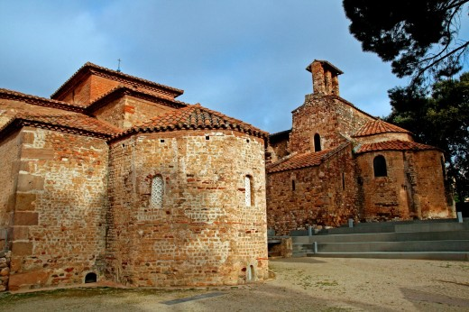 Church of Sant Miquel and church of Sant Pere, Romanesque, monumental churches of Sant Pere, Terrassa, Catalonia, Spain : Stock Photo