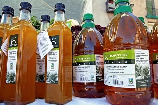 Stock Photo: 1566-776381 virgin olive oil
