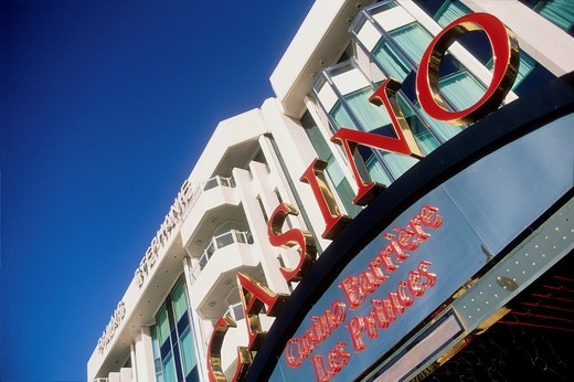Prestigious hotel and casino in the Croisette avenue, Cannes, Alpes-Maritimes, French Riviera, Provence-Alpes-Côte d´Azur, France : Stock Photo