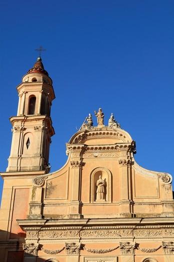 The Saint Michel basilica, Menton, Alpes-Maritimes, Provence-Alpes-Côte d´Azur, France : Stock Photo