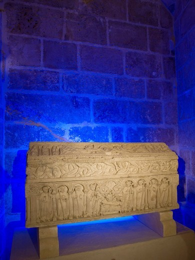 Romanesque sarcophagus of the Infante Sancho, son of Alfonso VIII King of Castile, in the lower cloister of the cathedral, Burgos, Castilla-Leon, Spain : Stock Photo