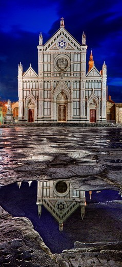 The Basilica di Santa Croce Basilica of the Holy Cross - famous Franciscan church on Florence, Italy : Stock Photo