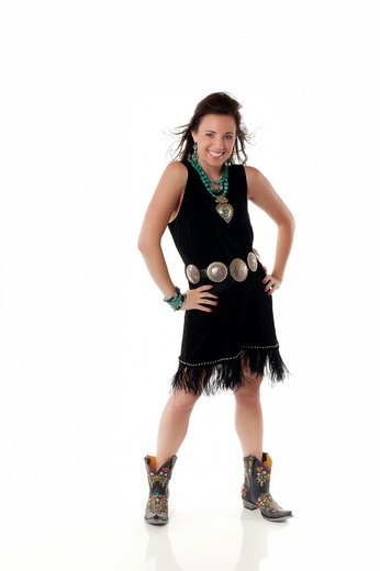 Stock Photo: 1566-783503 Young woman in native american outfit