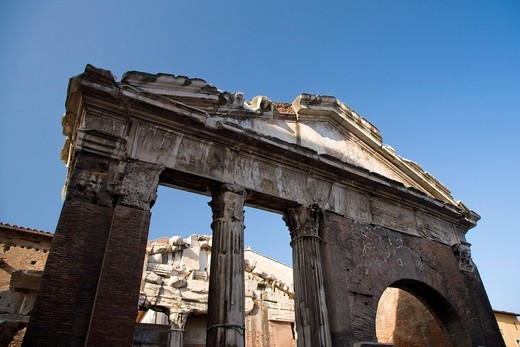 Stock Photo: 1566-785085 Portico d´Ottavia, Old Jewish Ghetto, Rome, Italy