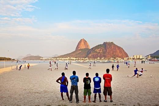 Brazil, Rio De Janeiro, Botafogo, View of Sugar Loaf : Stock Photo