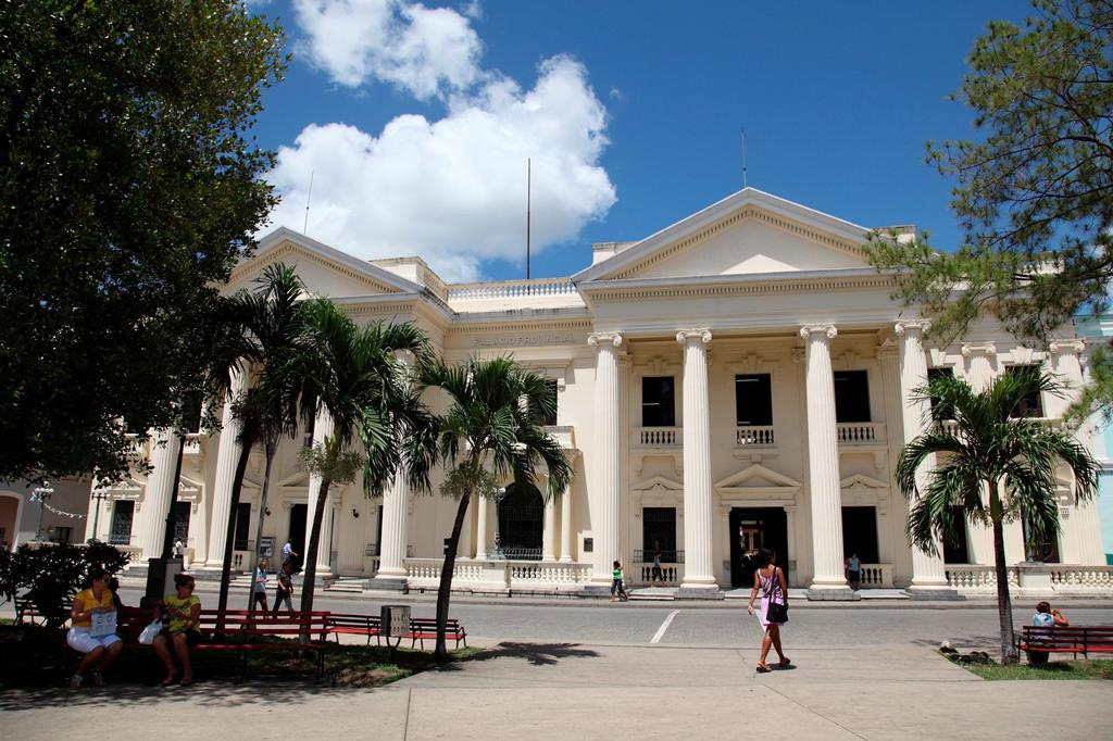 Provincial Palace, Santa Clara, Cuba : Stock Photo