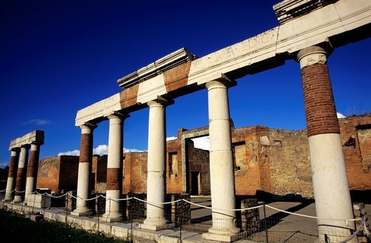 Columnar ruins of a forum in Pompeii, Italy : Stock Photo