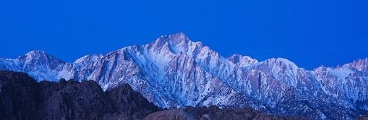 Lone Pine peak in pre-dawn light, Sierra Nevada mountains, California : Stock Photo