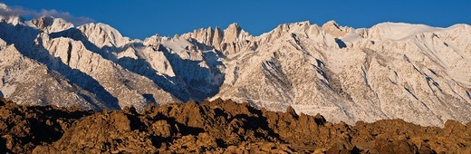 Mount Whitney and Alabama hills, Sierra Nevada mountains, California : Stock Photo