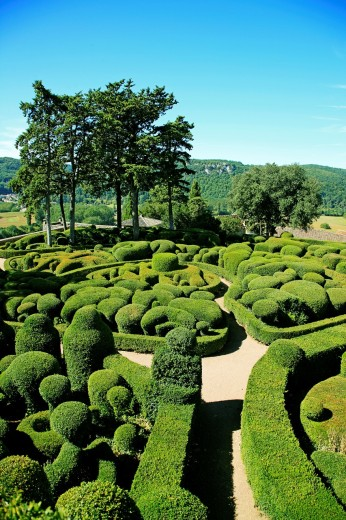 France, Dordogne, Marqueyssac Gardens at Vezac in Dordogne Valley : Stock Photo