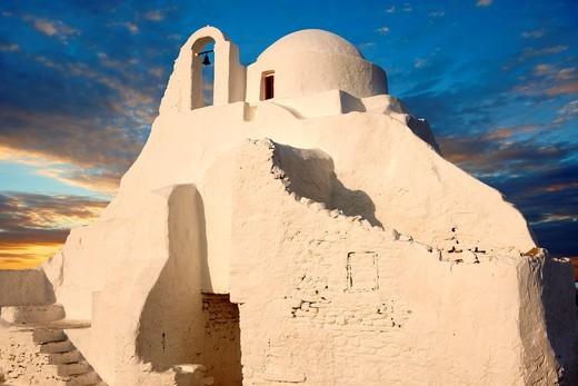 Paraportiani Greek Orthodox churches of Mykanos Chora, Cyclades Islands, Greece : Stock Photo