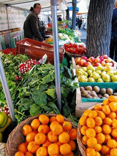 Paris, France, Green Grocer, Organic Food, Farmer´s Market, Boulevard Batignolles : Stock Photo