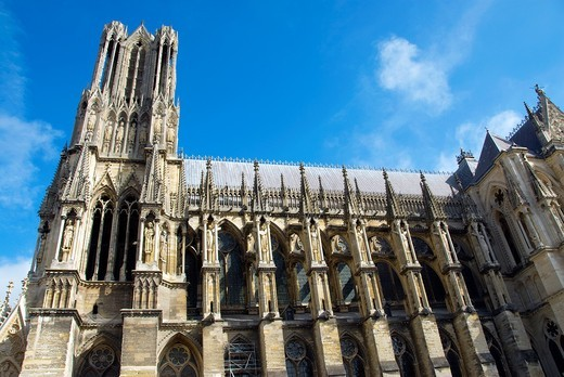 Reims, France, Reigious Monuments, Notre-Dame Cathedral, View of Architecture, Right Side, Showing Flying Buttresses : Stock Photo