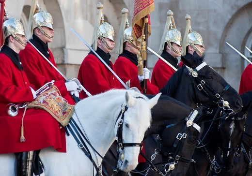 Stock Photo: 1566-803916 The Queen´s lifeguards on horseback during ´changing of the guard´ at horse guards parade, London, England