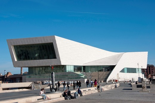 The newly built Museum of Liverpool on the waterfront  Merseyside  England : Stock Photo
