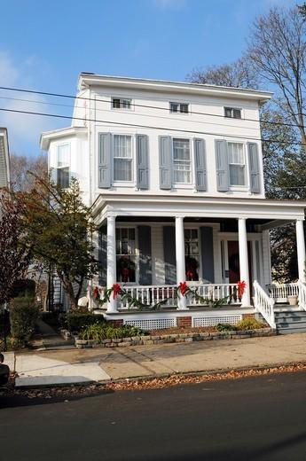 Old white house, Radcliff street, Bristol, Bucks County, Pennsylvania,USA,North Americ : Stock Photo