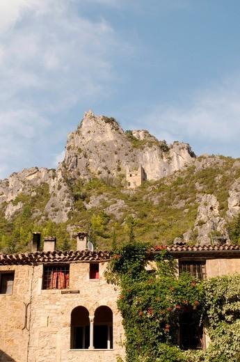 Saint-Guilhem-le-Désert village, France : Stock Photo