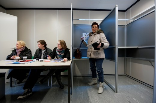 2011 Dutch elections for regional government: voters voting. : Stock Photo