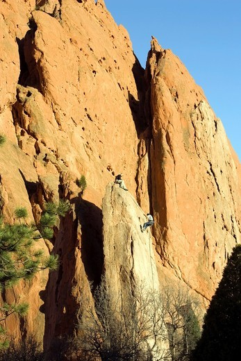 Stock Photo: 1566-811690 Climbers - Garden of the Gods Park - Colorado Springs, Colorado