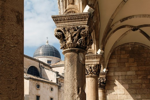 Ornate columns with carvings, Rectors Palace, Dubrovnik, UNESCO, Croatia : Stock Photo