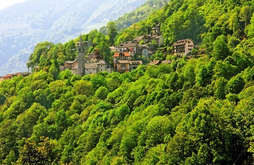 village of russo - onsernone valley near village of mosogno - canton of ticino - switzerland : Stock Photo