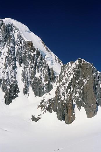 France, Alps, Savoie, Chamonix, Mont Blanc du Tacul, mountainers, : Stock Photo