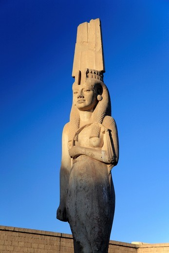 Statue of Meryetamun, daughter of Ramses II 13th century BC, Akhmin, near Sohag, Egypt : Stock Photo