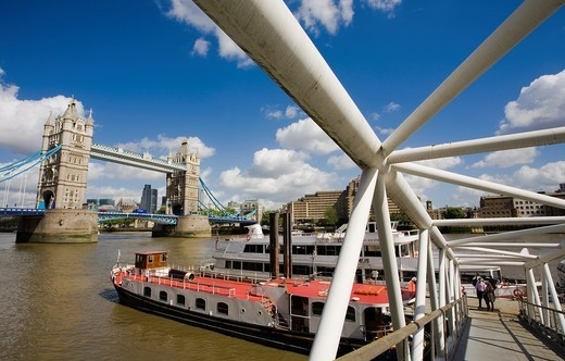Stock Photo: 1566-819020 Tower Bridge, River Thames, London, England, United Kingdom, Europe.