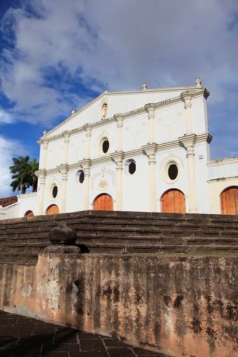 Iglesia San Francisco, Oldest Church in Central America, Granada, Nicaragua, Central America : Stock Photo