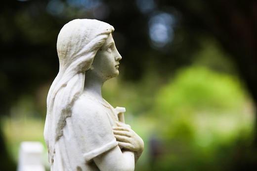 Marble statue at the cemetry in Muckross Abbey, County Kerry, Ireland, Europe : Stock Photo