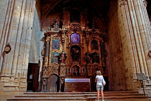 Stock Photo: 1566-822982 altar and chapel, Baroque, Cathedral of Santa Maria, Tortosa, Catalonia, Spain.