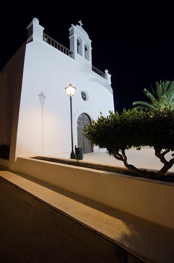 Stock Photo: 1566-823248 Uga Chuch  Yaiza  Lanzarote, Canary Island, Spain