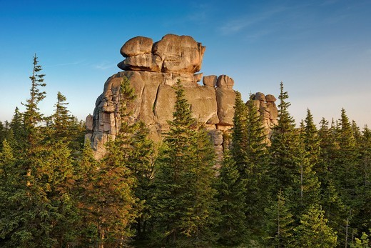 Stock Photo: 1566-827794 Rock formations in Karkonosze National Park, Poland, Europe