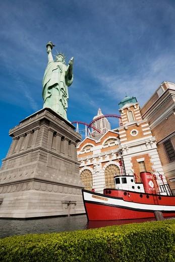 USA, Nevada, Las Vegas, New York-New York Hotel, Statue of Liberty : Stock Photo