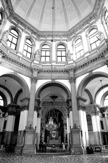 Interior of the Basilica of Santa Maria della Salute in Venice, Italy : Stock Photo