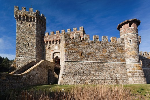 USA, California, Northern California, Napa Valley Wine Country, Calistoga, Castello Di Amoroso Winery, reproduction 12th century Italian castle, exterior : Stock Photo