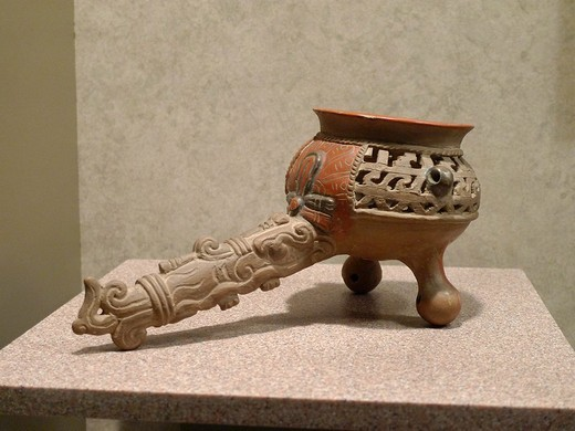 Stock Photo: 1566-833568 Tripod vessel, Anthropology National Museum, Mexico City