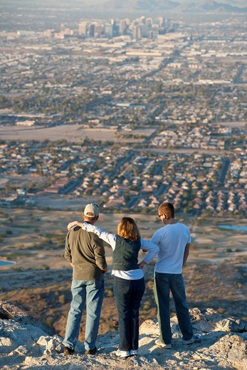 People looking at Phoenix from the South Mountain Park, Arizona, USA : Stock Photo