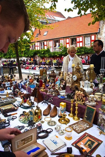 Stock Photo: 1566-837093 Antiques Market, Bruges, Brugge, Flanders,Belgium, UNESCO World Heritage Site.
