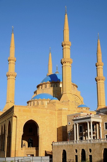 Stock Photo: 1566-837905 The Mohammed Al Amin Mosque at Martyr´s Square  Beirut  Lebanon