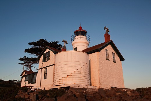 USA, California, Northern California, North Coast, Crescent City, Battery Point Lighthouse, sunset : Stock Photo
