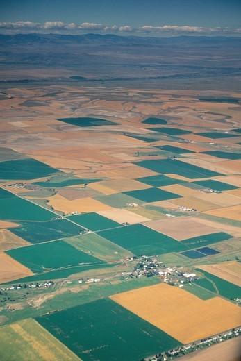 Over pasture lands near Bozeman, Southern MONTANA : Stock Photo