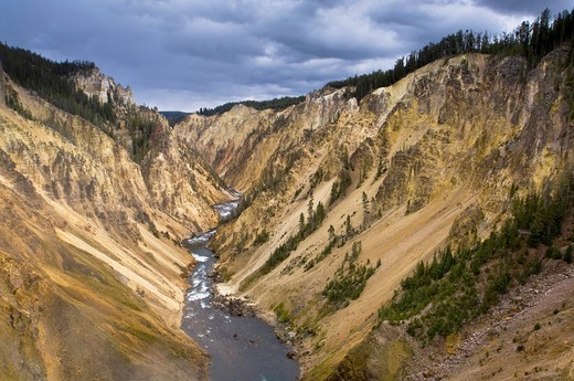 Stock Photo: 1566-842617 Looking down the Grand Canyon of the Yellowstone River Yellowstone National Park, Wyoming