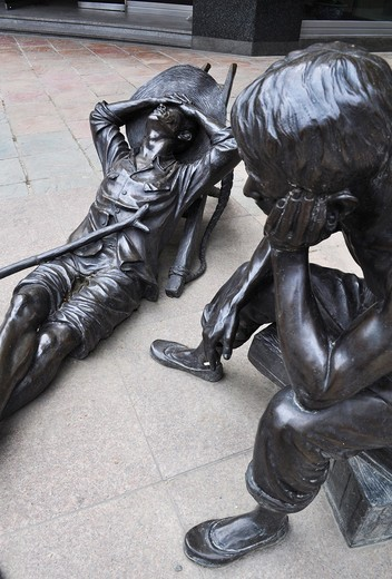 Busan (South Korea): sculpture of Korean refugees during the Korean War by '40 Stairs' Street : Stock Photo