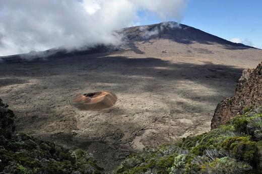 crater of Formica Leo volcano in caldera Enclos Fouque near Piton de la Fournaise volcano, viewed from Pas de Bellecombe Reunion island, overseas departement of France, Indian Ocean : Stock Photo